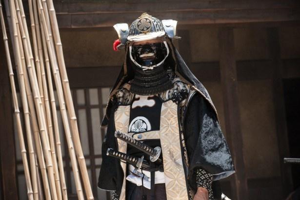 【写真を見る】江戸の犯罪を取り締まる長官役を演じる大森南朋。ちょっと顔が分かりにくい!?