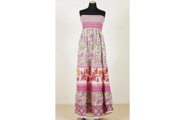 「Foever21」Kayla Smocked Maxi Dress(¥6195)