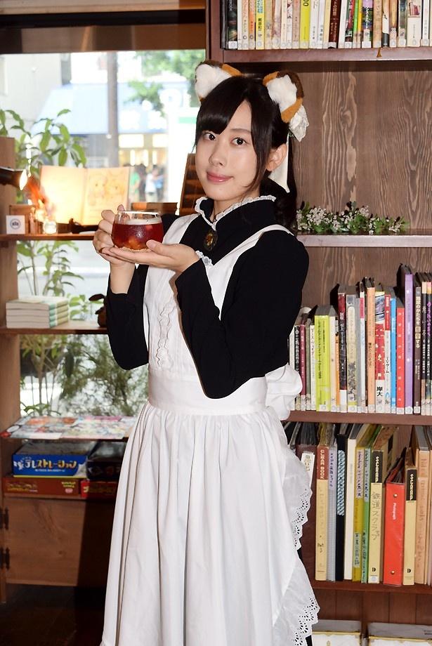 獣耳メイドがお出迎え!秋葉原の私設図書館カフェで「けものフレンズ」期間限定コラボがスタート