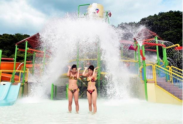 2大グランピング新名所で遊ぶプール&BBQ情報など、夏遊び294プランを紹介!