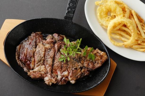 7月15日にオープンしたばかりの「STEAK & CAFÉ by DexeeDiner」。ステーキはもちろん、デザートやドリンクも充実している