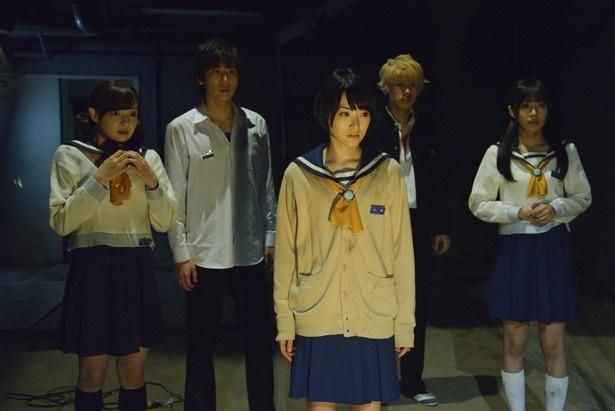 続編となる今回は、直美(生駒)とあゆみ(前田)が悲劇の舞台となった過去の天神小学校へ舞い戻る