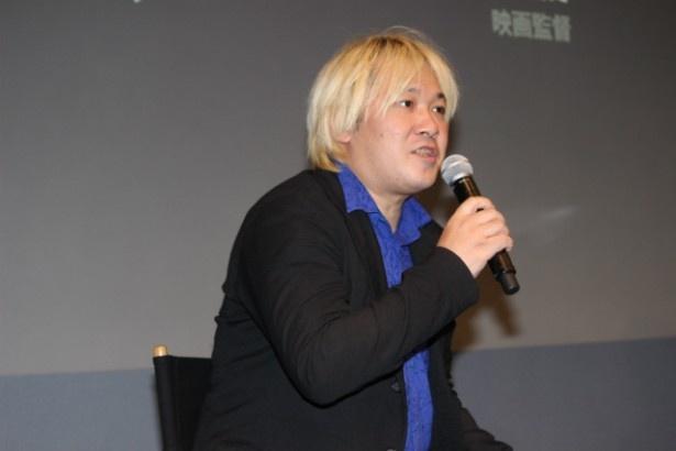 モデレーターはジャーナリストでメディア・アクティビストの津田大介