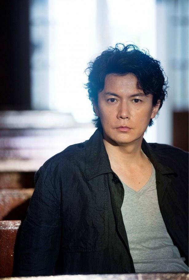 シンガーソングライターで俳優の福山雅治がスペシャルキャスターに就任!