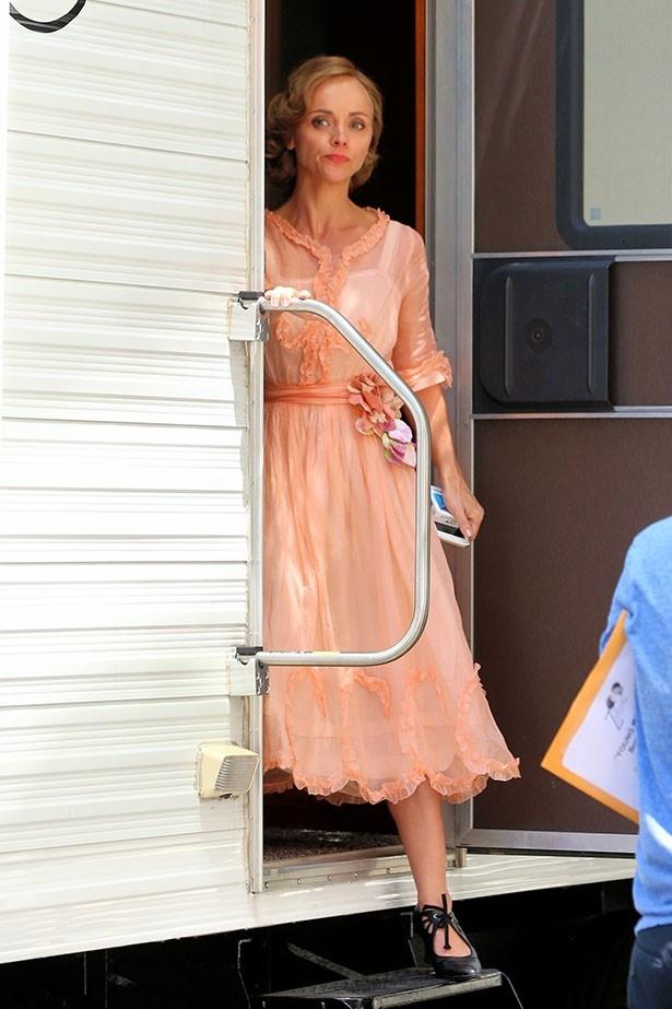 現在ドラマを撮影中のクリスティーナ、美しい彼女に注目だ!
