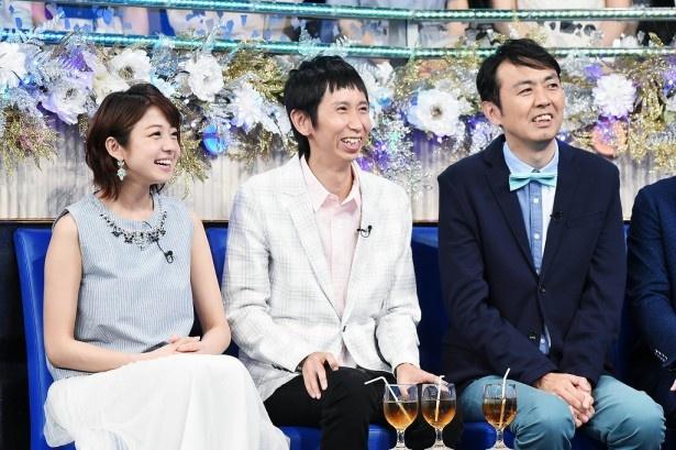ゲストの中村静香、アンガールズは出場者たちのパフォーマンスを笑顔で見守る