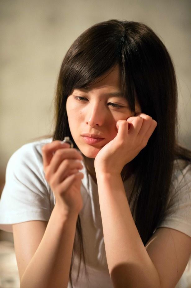 千和(清野菜名)はパーティーでの美咲(篠田麻里子)の態度が引っかかり、ボンヤリ