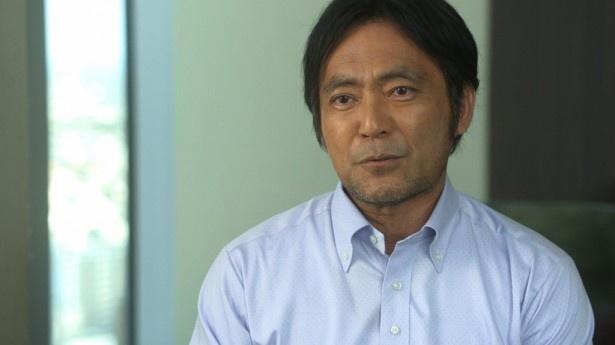 五郎(松重)の古い友人役で出演する渡辺いっけい