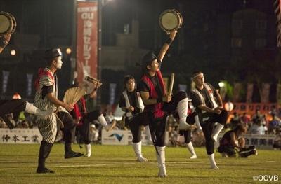 夏の沖縄の風物詩である「沖縄全島エイサー祭り」
