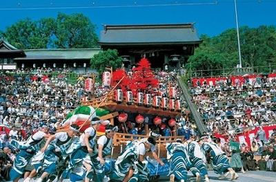 異国文化が取り入れられ、ダイナミックなだし物を楽しむ「長崎くんち」