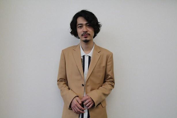 今後挑戦したい役や作品について語る成田