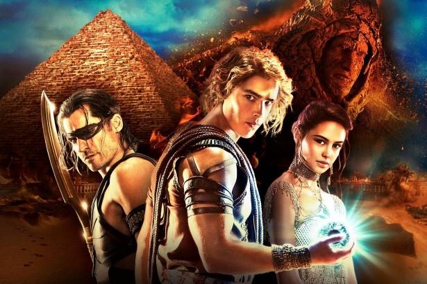 「キング・オブ・エジプト」の日本語版吹替え予告映像が公開された