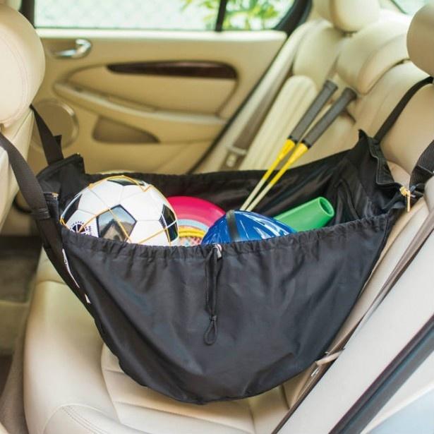 【写真を見る】車内ではハンモック掛けで取り出しラクラク! 「レジかご用バッグがスマートに変身! 大量買いもらくらく ビッグなリュックの会」 3900円(月1個発送)