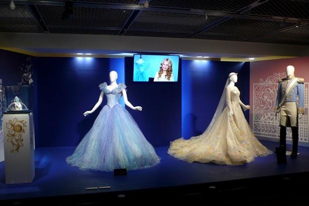 【写真を見る】シンデレラの舞踏会コスチュームなど、貴重な展示物が満載