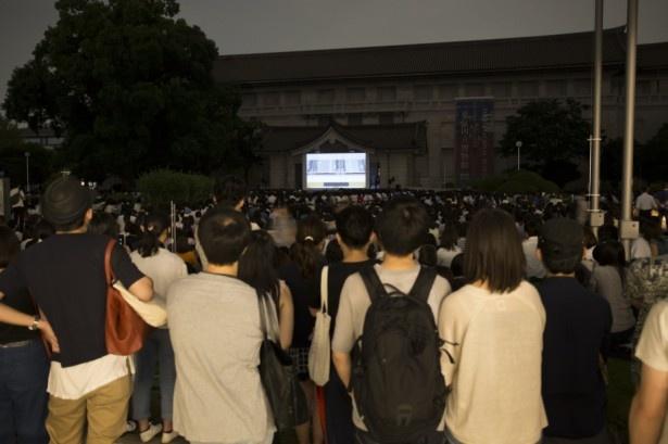 「時をかける少女」が野外上映で6500人超動員。日本最大級を記録!