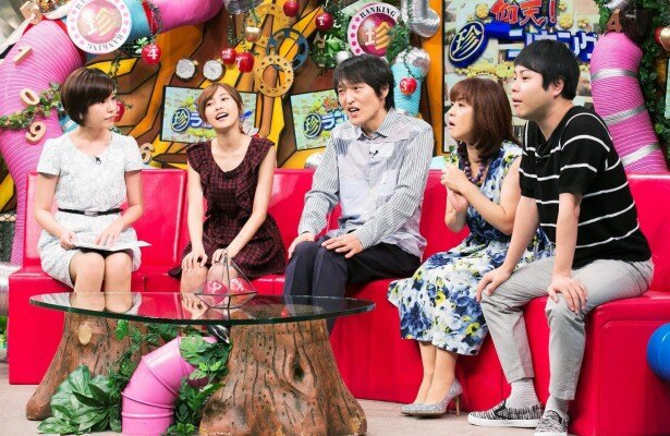 """【写真を見る】北海道テレビからテレビ東京に移籍した""""美人転職アナ""""こと西野志海アナ(写真左端)も出演"""