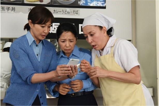 「女たちの特捜最前線」に出演する高島礼子、宮崎美子、高畑淳子(写真左から)