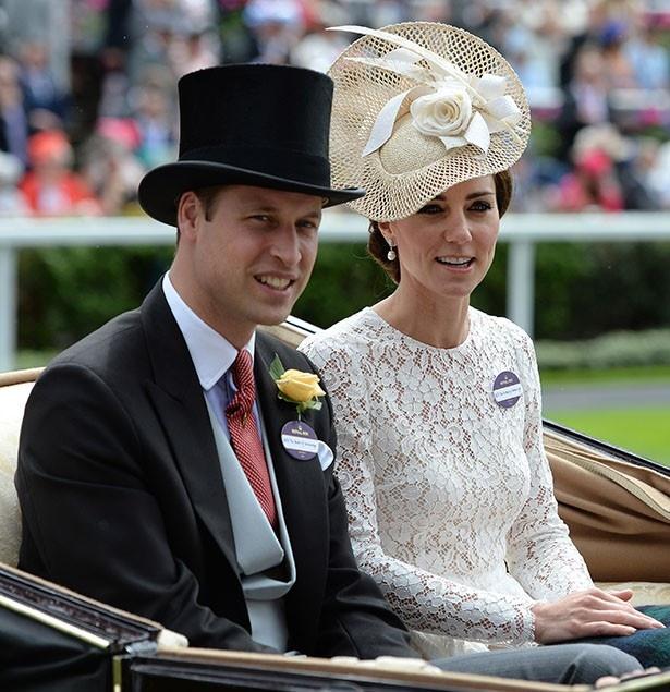 妹ピッパの婚約にキャサリン妃も大喜びで祝福