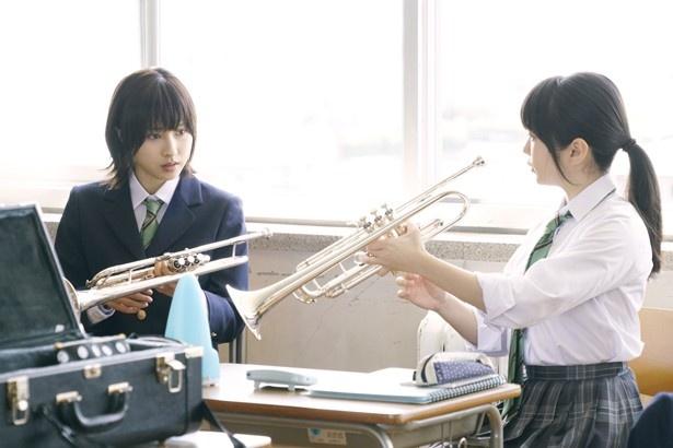 松井愛莉は主人公・つばさの親友役に