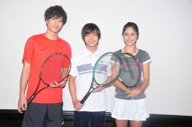 最先端の迫力ある実写映像でテニスの魅力を伝える! (左から)松島、松岡、季葉