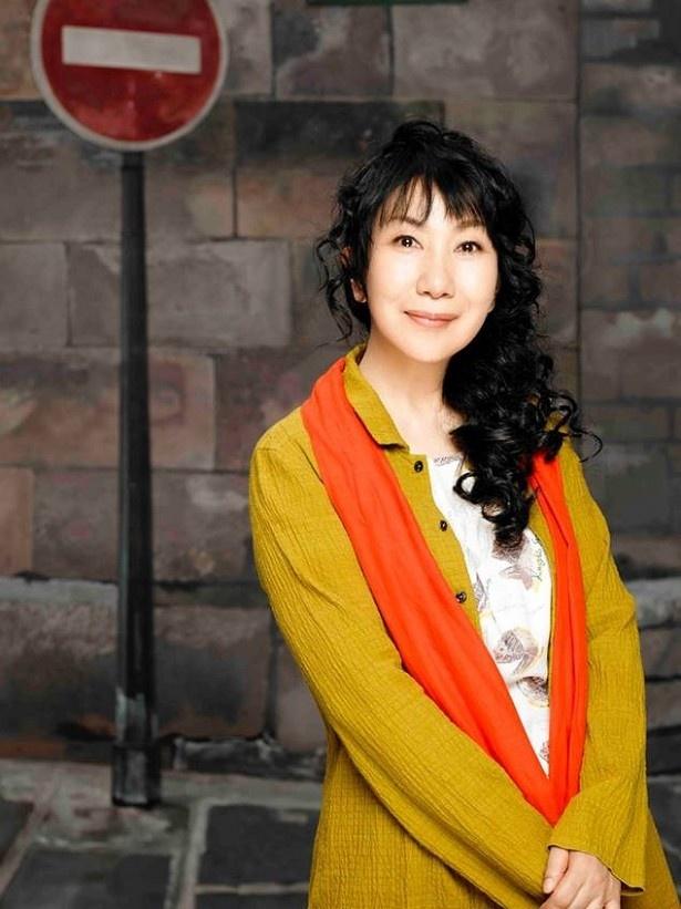 義男(橋爪功)の娘・古川真智子役の室井滋。娘・鞠子が突然行方不明になる役どころ