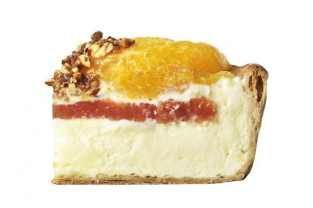 チーズタルトの塩気やオレンジの甘酸っぱさ、カスタードクリームの甘味が絶妙なおいしさを奏でる