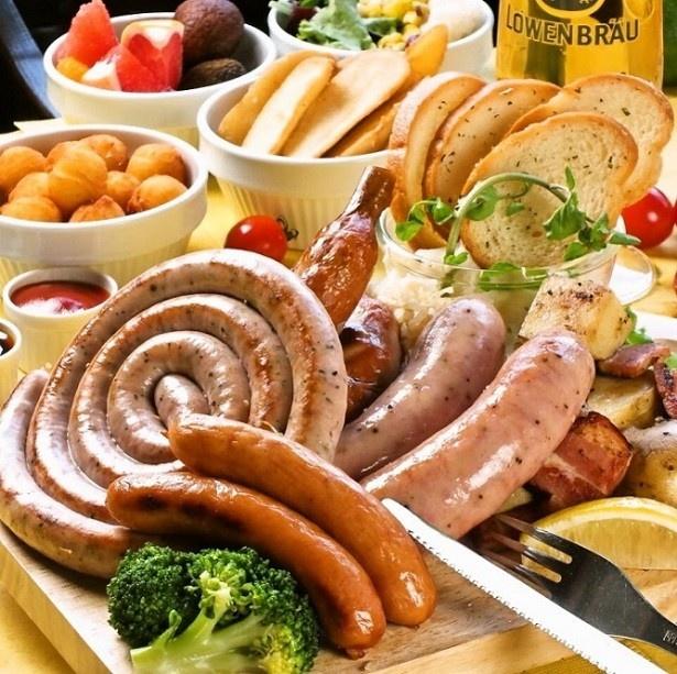 ドイツ伝統料理が揃うなど、本場の雰囲気をしっかりと味わえる