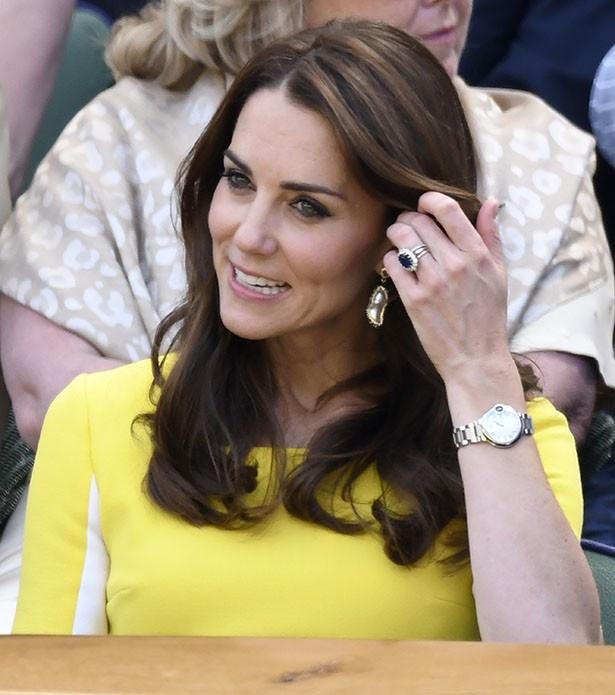 キャサリン妃の腕時計は、同じブランドで約68万円