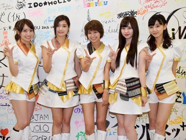 LinQが「アイドルお宝くじパーティーライヴ 真夏の神曲 紅白歌合戦」に出演。イベントへの意気込みなどを語った