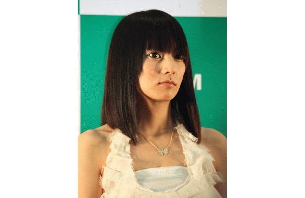 個性的なヘアスタイルの柴咲コウさん