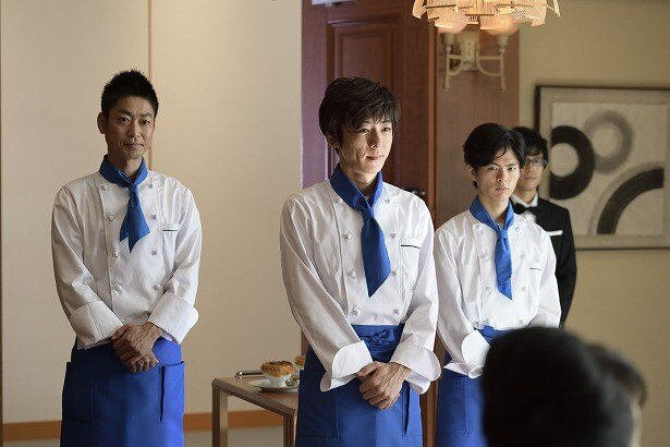 ドラマでは「清沢会」の一員として、総料理長・清沢(高橋)の下で働く