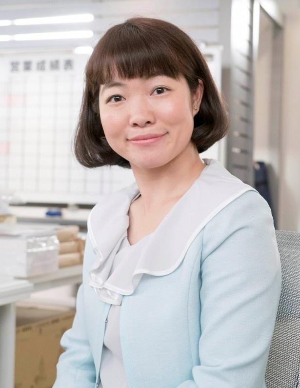 """""""家売れないオンナ""""の白洲美加を演じるイモトアヤコ"""
