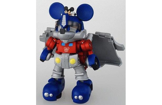 「トランスフォーマー ディズニーレーベル ミッキーマウストレーラー」。胸にはミッキーの顔のマークがある