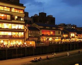 デビュー前に知りたい!京都の川床5つの基礎知識