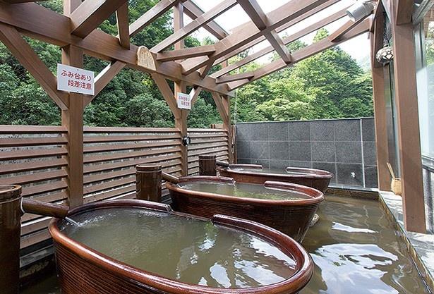 タオルセット(フェイスタオル・バスタオル)」(300円)などもそろっているので手ぶらで利用できる/貴船温泉 水源の森 天山之湯