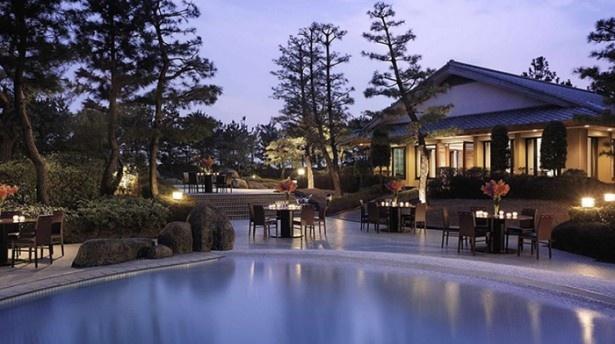 ヒルトン東京ベイ「プールサイド ビアガーデン」でリゾート気分を満喫