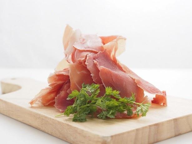 「熟成イタリア産プロシュート食べ放題1円」。熟成イタリア産プロシュートを存分に味わえる、またとない機会
