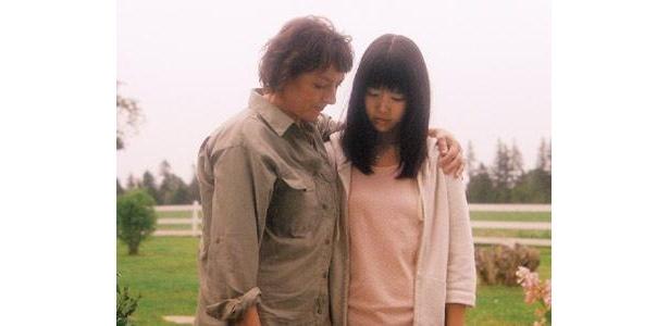 本作で穂のかが演じるのは、心に深い悲しみを抱えた少女・杏里