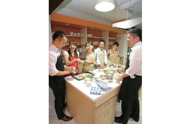 """""""婚活向け""""の料理教室が、8/1(土)、名古屋にオープン!教室の名前は「monoKITCHEN」(名古屋市中区)だ"""