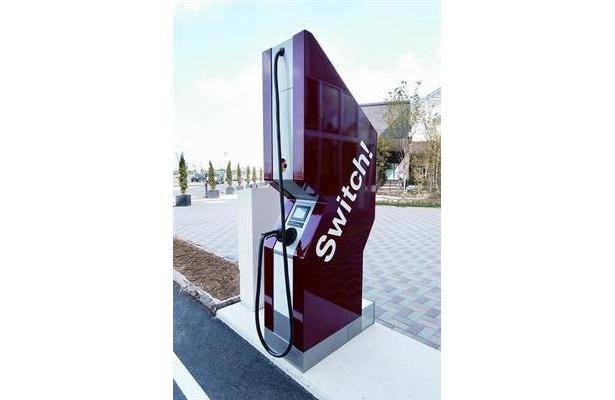 電気自動車用高速充電ステーション