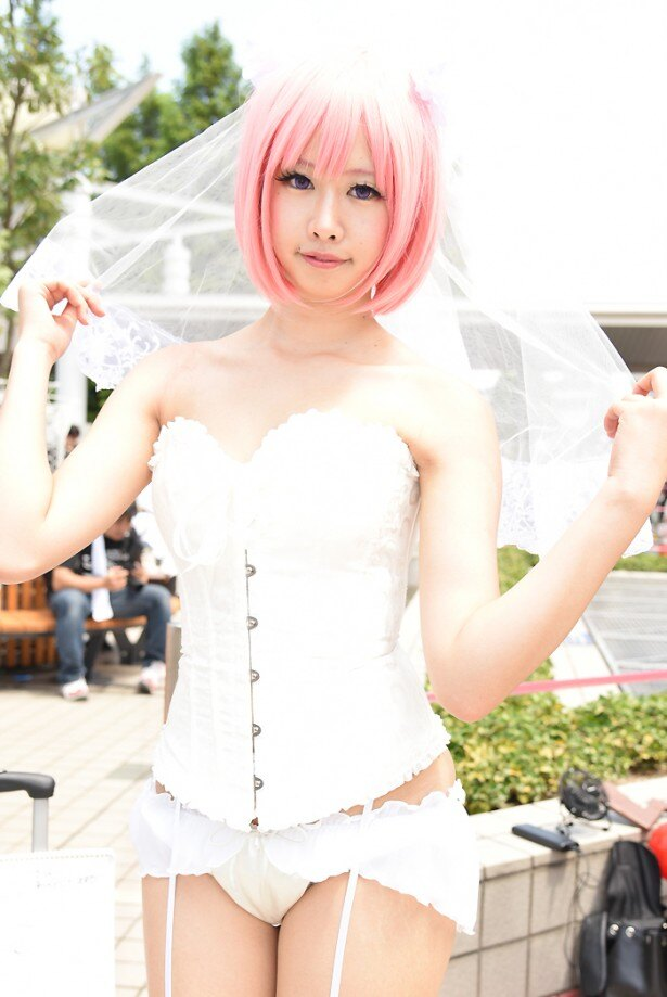 【写真20点】セクシーすぎる「ポケモンGO」コスプレ美女が出現!コミケ90初日リポート