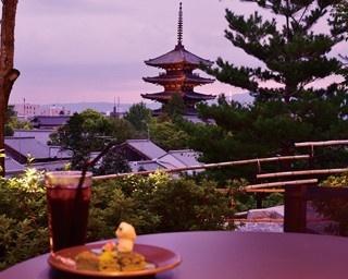 京都の名所から雅な景色が楽しめるオープンカフェが人気