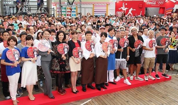「グ・ラ・メ!」presents夏祭りスペシャルイベントに剛力彩芽らキャスト陣が勢ぞろい!
