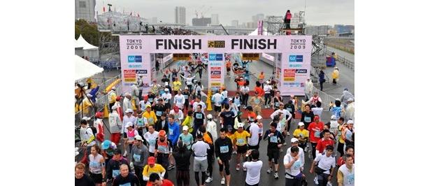 「東京マラソン 2010」の参加応募受付が、8/1(土)からスタート