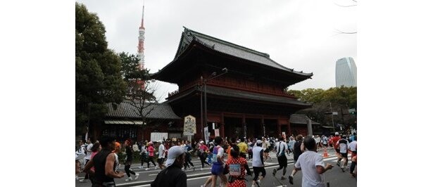 東京タワー増上寺付近
