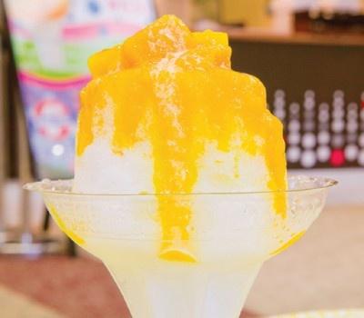 「MANGO SWEETS BAR」(大阪・天保山)の「富士山麓水オリジナルかき氷」(500円)