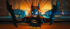 バットマンと宿敵ジョーカーがレゴの世界で激突!