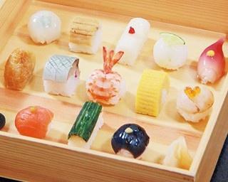 「昼のコース」(3240円)の天婦羅は京素材を含む全9品を一品ずつ提供/ぎをん天婦羅 天宗