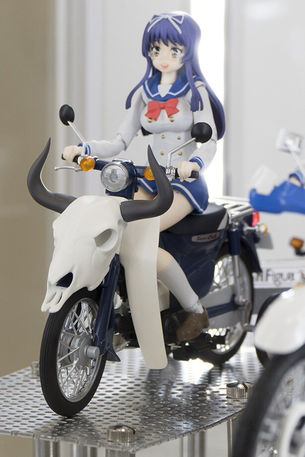 元GPライダーの登場に内山夕実と監督もびっくり!? バイクの日「ばくおん!!」ステージレポート