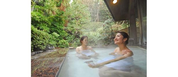 玉名一の規模を誇る温泉施設「つかさの湯」の露天風呂